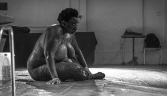 Rébecca Chaillon dans «Whitewashing»