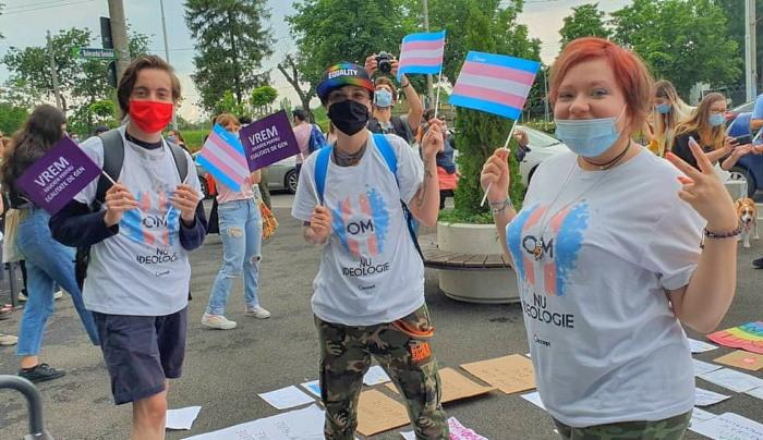 Flash mob contre le projet de loi, le 18 juin à Bucarest.